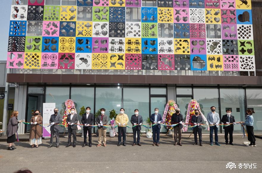 아산시, 공공미술프로젝트 '갤러리산책' 개관식 전시회 가져