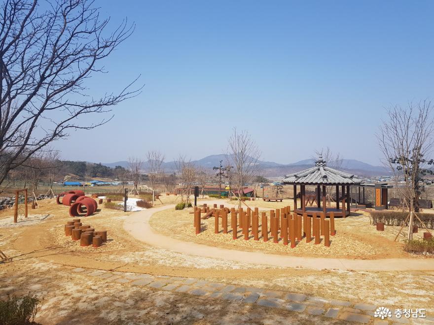 예산군, '한국관광100선' 황새공원 4월 1일 재개관