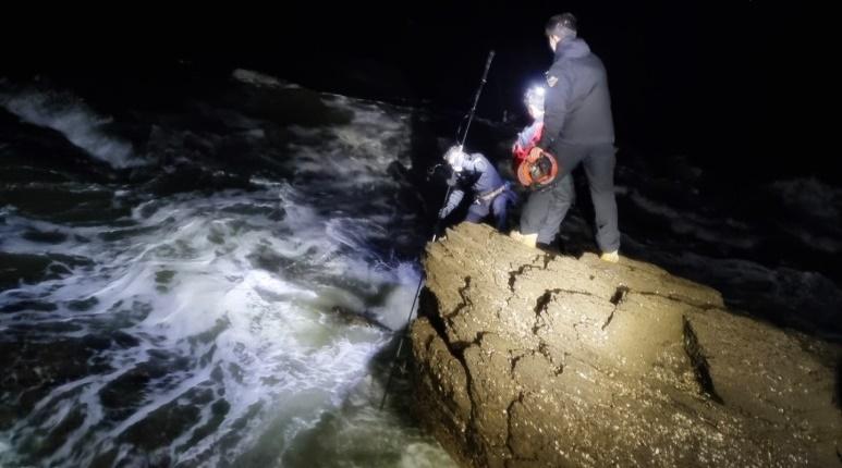 실종됐던 50대 갯바위 낚시객 결국 사망한 채 발견