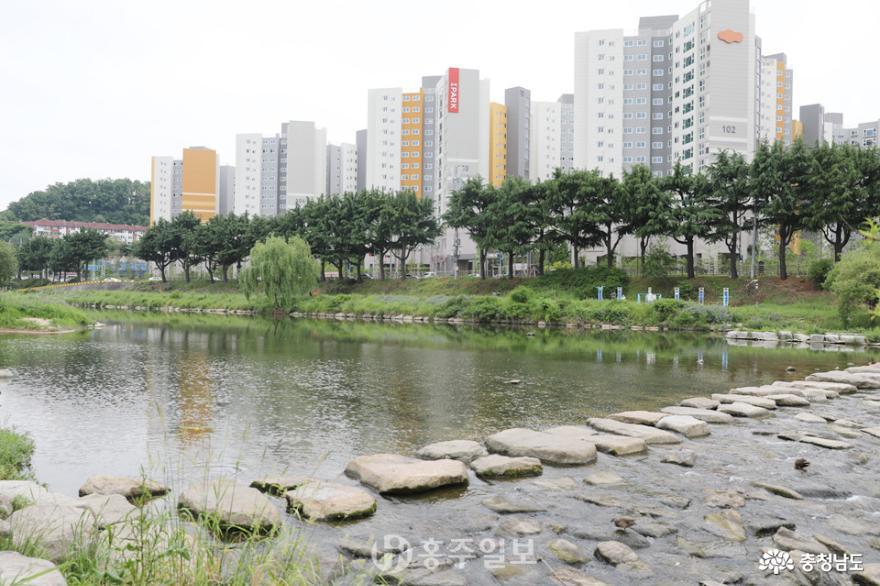 전주천, 생태·역사문화 공존하는 자연형 도심하천