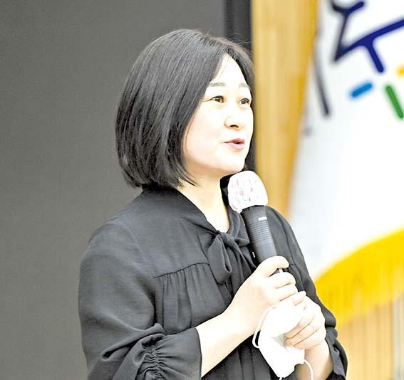 채영신 작가 '개다섯 마리의 밤' 수상