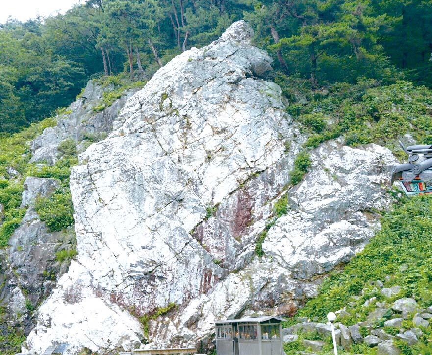 저동리 쌀바위·석택리 유적, 道기념물 지정
